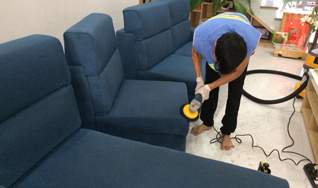 cách làm sạch ghế sofa vải